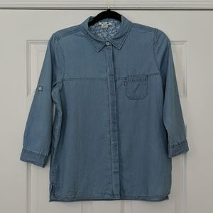 Levi's Chambray 3/4 Sleeve Button Down